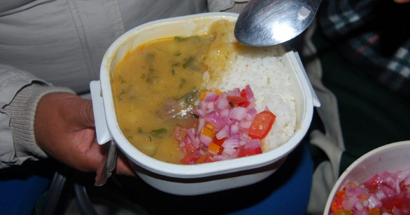 Locro de Pecho with Spicy Salad Ready to Eat