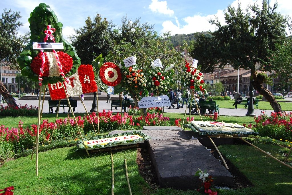 Wreaths for Tupac Amaru on the Plaza de Armas