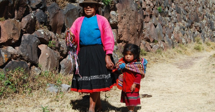 A Woman and her Daughter Selling Bracelets on the Path to the Pisac Complex