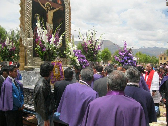 Devotees of the Lord of Miracles, Cuzco (RPP)