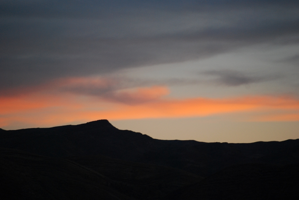 Sunset over the Mountains in Cuzco