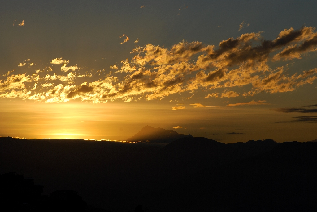 Sunrise over Cuzco