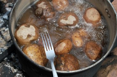 Potatoes Boiling in a Fogon
