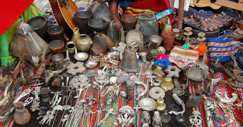 Artifacts for Sale Similar to what Huaqueros Seek