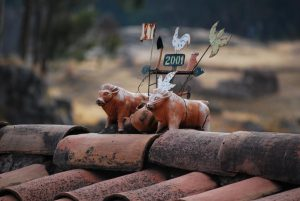 Photo of Cuzco's Roof Top Bulls Bring Good Fortune to Its Houses