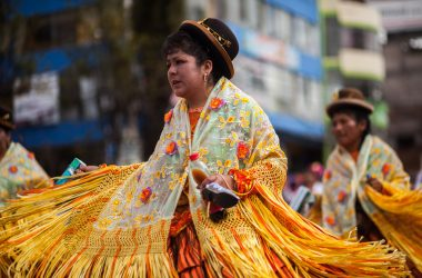 The Swinging Skirts of the Morenada in Cuzco (Photo: Alonzo Riley)