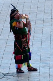 The Pututu Trumpet Sounds Announcing the Inca (Photo: Brayan Coraza Morveli)
