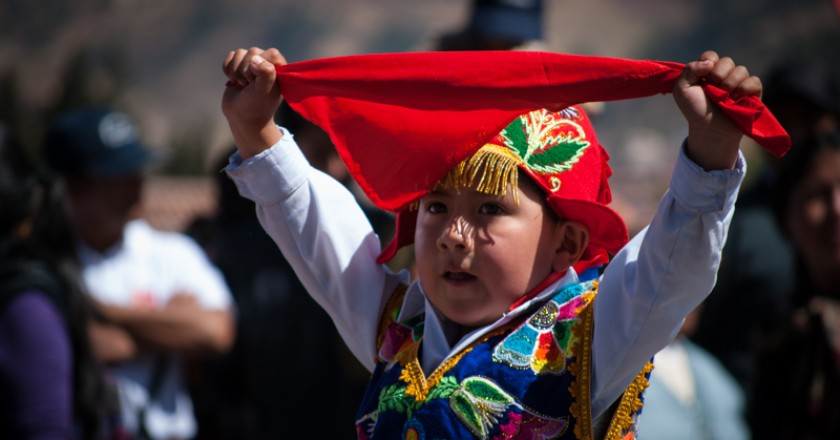 Dancing in Cuzco Today (Photo: Wayra)