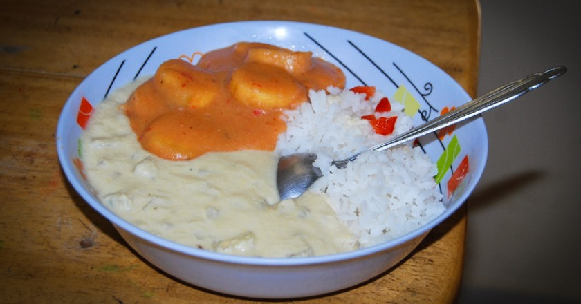 Tawi with Rice and Sweet Sauce of Banana (Photo: Wayra)