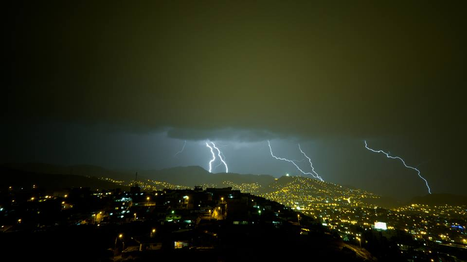 Lightning Over Cuzco (Photo: Edison Pino Mendoza)
