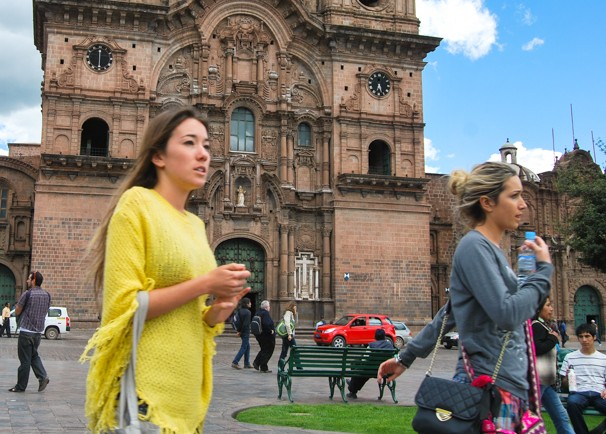 Travellers in the Plaza of Cuzco
