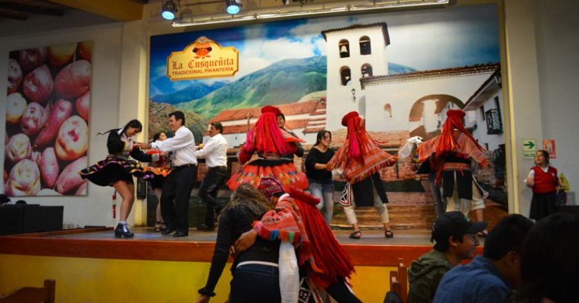 Food and Dance in Cusqueñita (Photo: Walter Coraza Morveli)