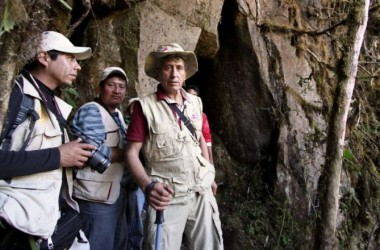 Park Workers and the Newly Discovered Inca Trail and Cave to Machu Picchu (Direccion Desconcentrada de Cultura Cusco)
