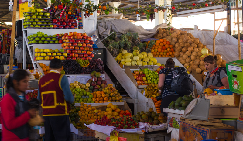 Seasonal Fruit in San Pedro Market (Walter Coraza Morveli)