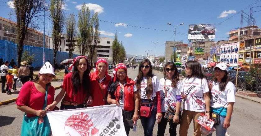 supporting Kausachun Cusco in the Streets