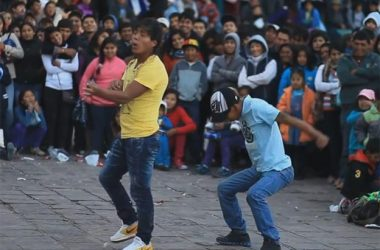 Street Comedies in Cusco