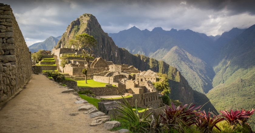 The Mystery of Machu Picchu (Walter Coraza Morveli)