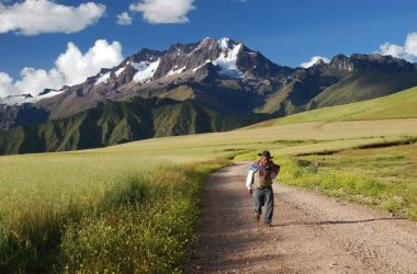 Carrying a Burden in the Andean Way