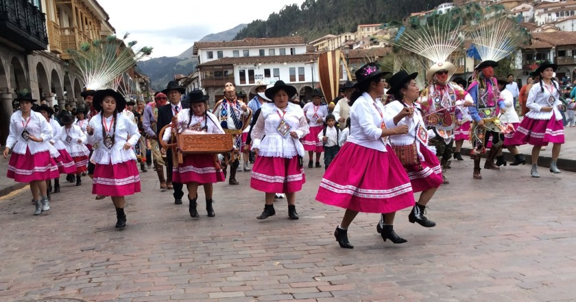 Huaylía on Christmas Day in Cuzco