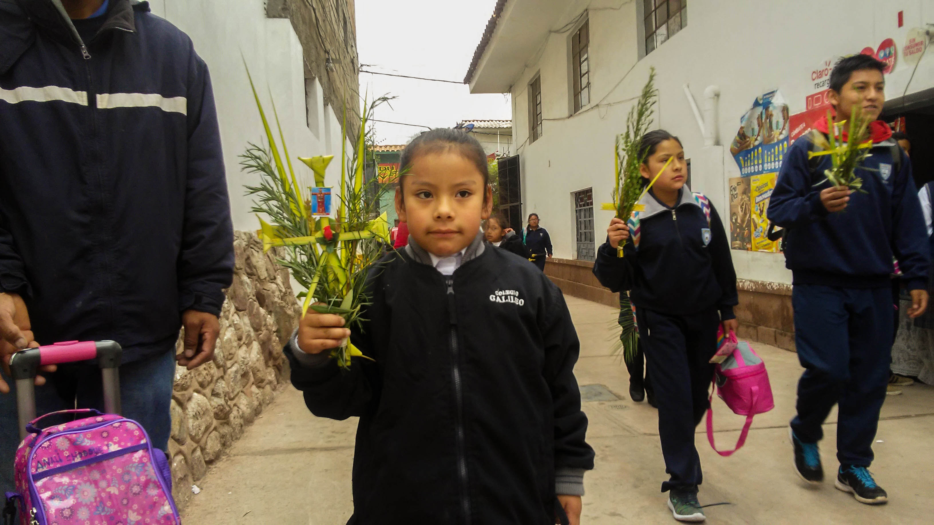 Children celebrates palm sunday in Cusco (Brayan Coraza Morveli)