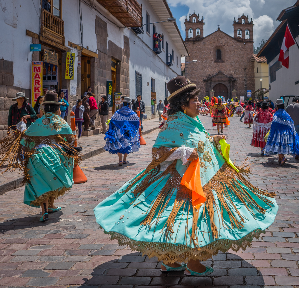 The Colourful Dance: Diablada from Puno (Walter Coraza Morveli)