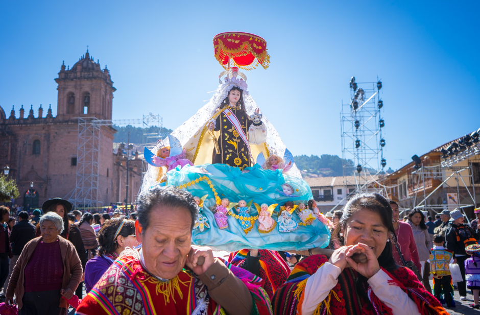 Dramatisation of the Virgen del Carmen in Cusco (Walter Coraza Morveli)