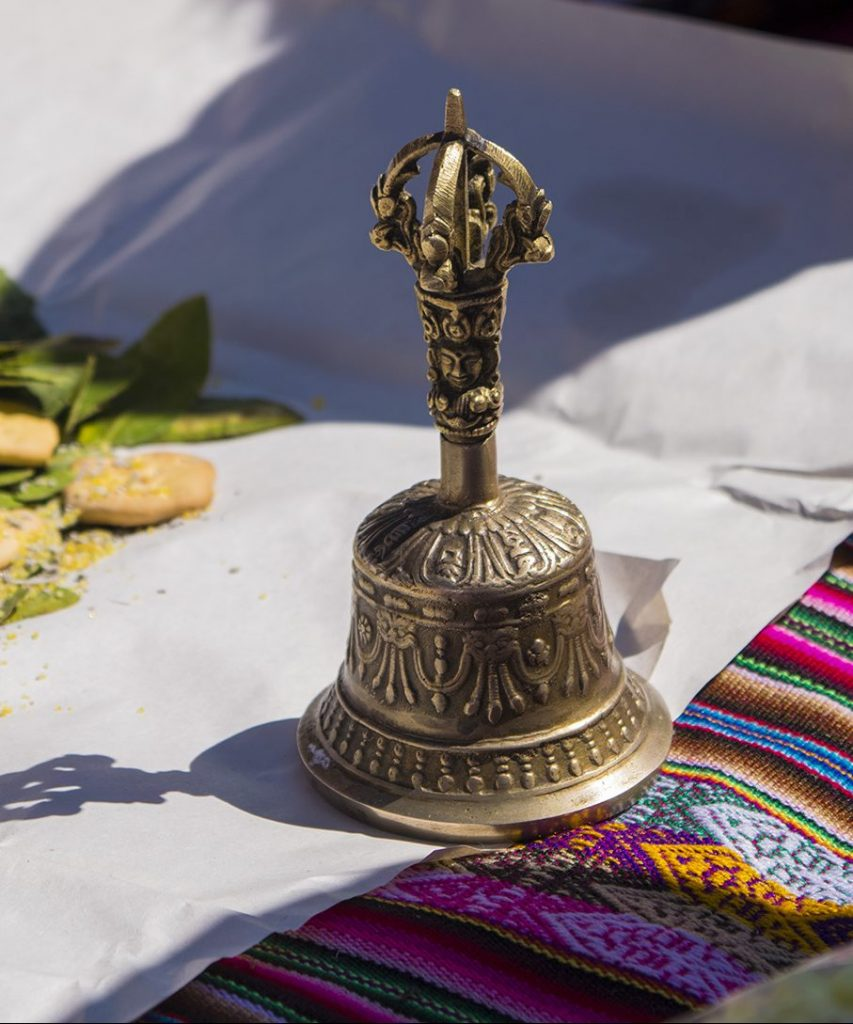 bells, and Offering to the Pachamama (Luis Echegaray )
