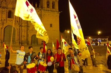 Supporters of PPK in Cusco (David Knowlton)