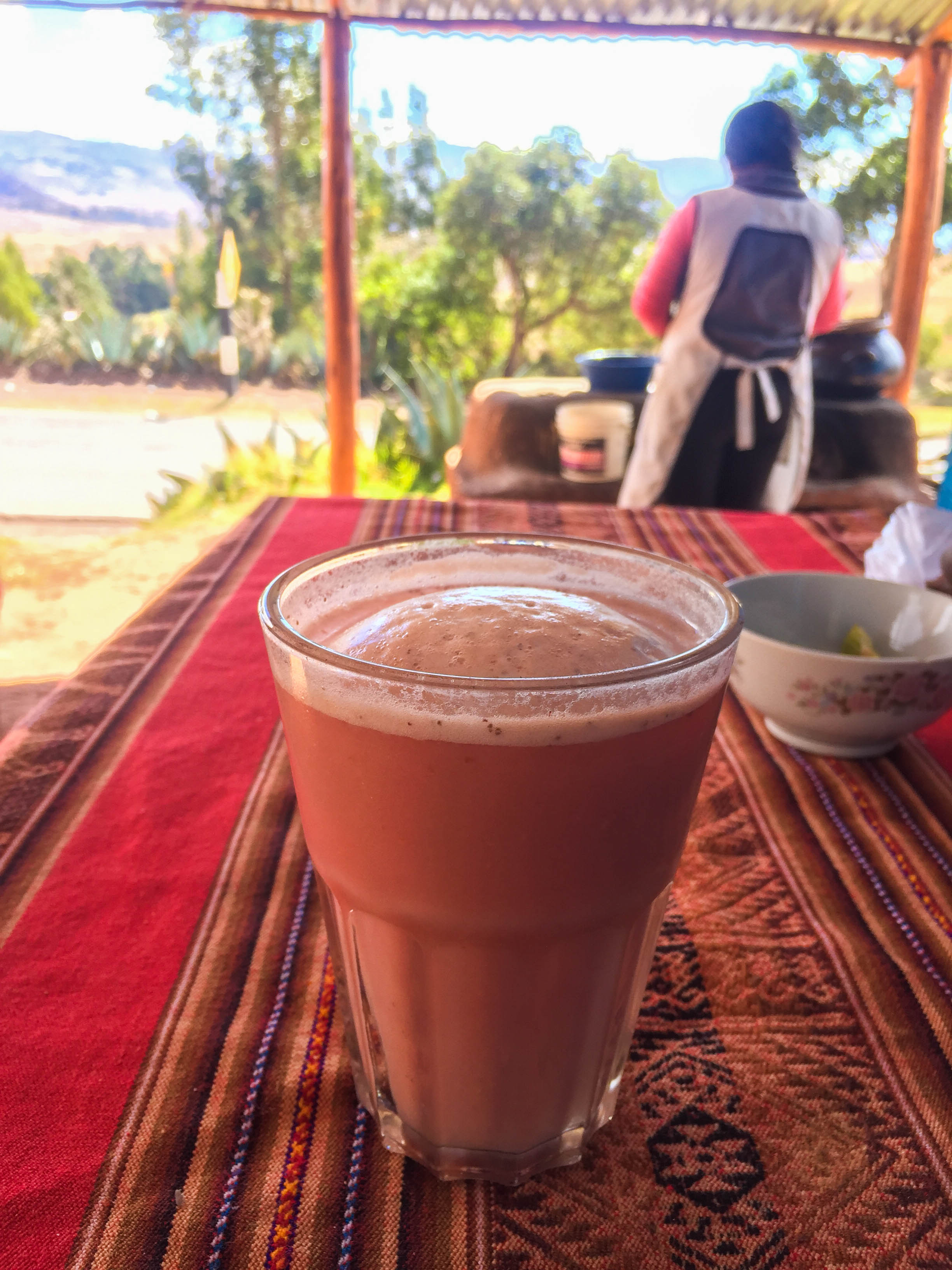 Frutillada, the main drink of Chinchero (Walter Coraza Morveli)