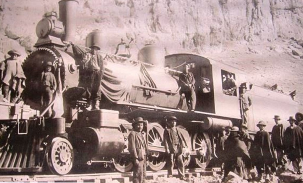 The Train on its way to Cerro de Pasco 1904