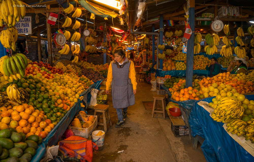 Fruir Sector in Wanchaq Market