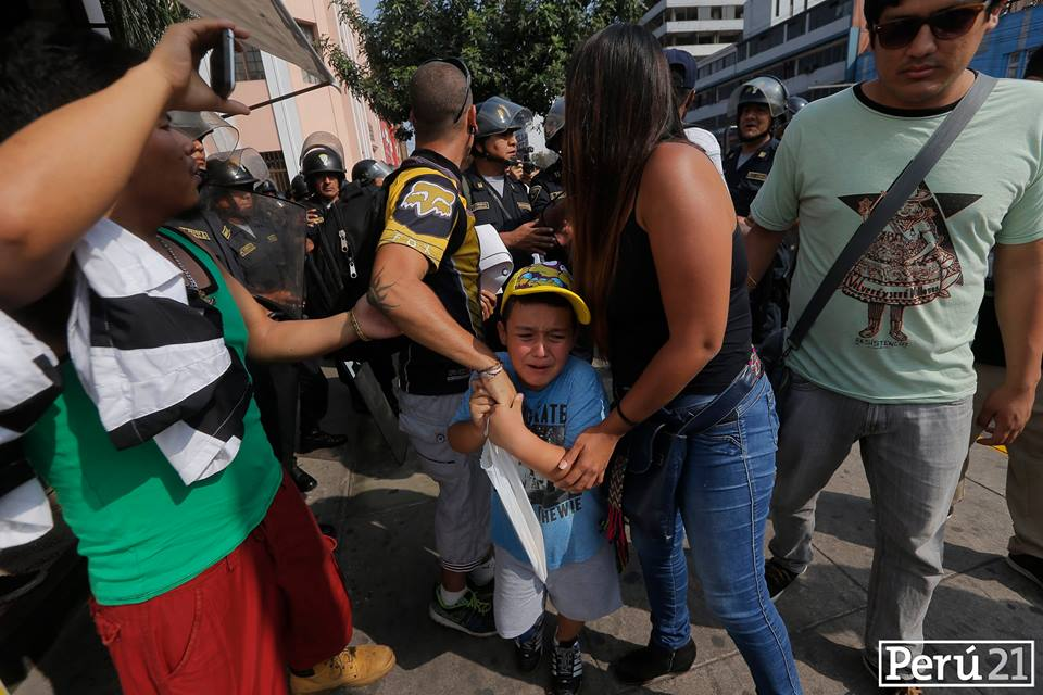 Repression of a peaceful march in Lima