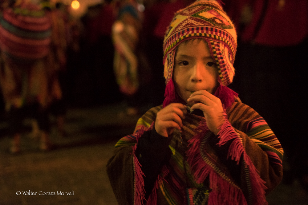 A kid from the group of Pututeros learning the tradition of the celebration (Photo by Walter Coraza Morveli)