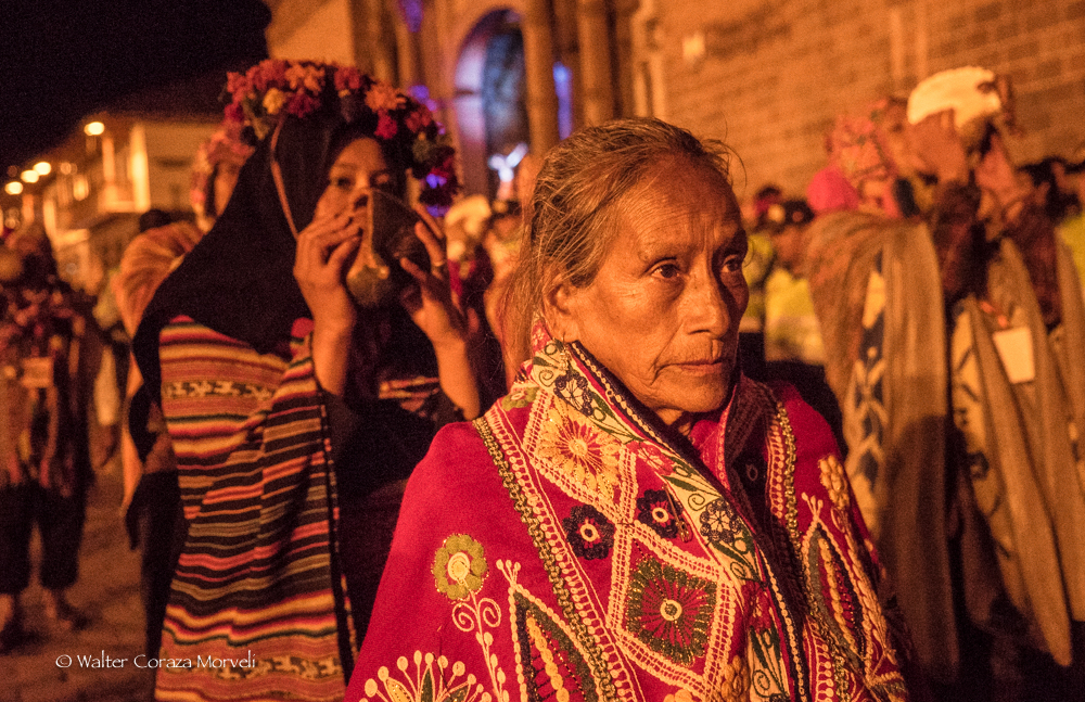 A portrait of an elder woman during the procession (Photo by Walter Coraza Morveli)