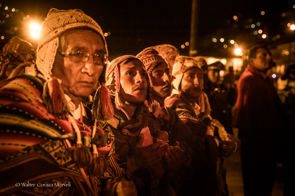 People Receiving the Blessing (Photo by Walter Coraza Morveli)